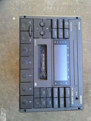 Radio Cassete de Renault Safrane.