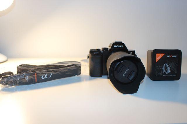 Sony Alpha 7 + 28-70 mm
