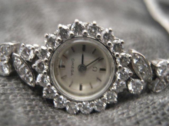 Reloj de mujerOMEGA en oro de 18quilates y diamant