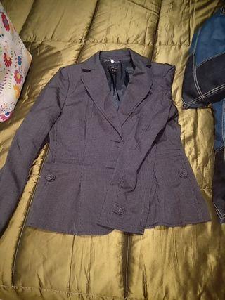 chaqueta azul mango talla 44