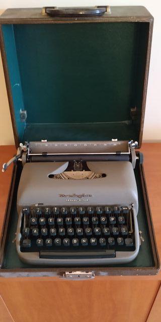 Maquina escribir Remington antigua