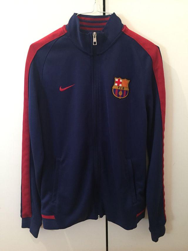67f10c38e275d Chaqueta oficial FC Barcelona 2015-16 de segunda mano por 30 € en ...