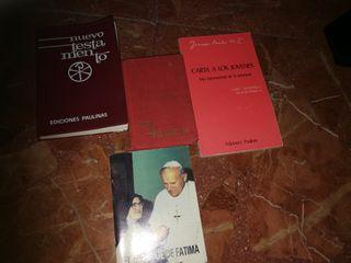 Antiguo testamento y otros libros. Escucho oferta