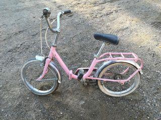 bicicleta antigua para niña o niño