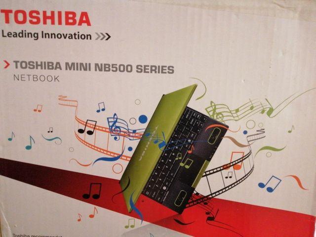 Portátil Toshiba mini nb500