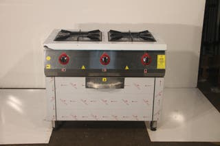 Cocina con 2 fuegos con gran horno restaurante