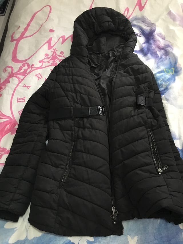 Abrigo embarazada negro acolchado talla L