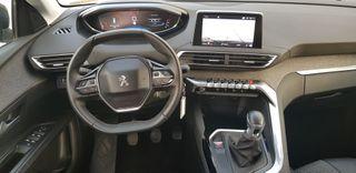 Peugeot 5008 Allure 1.5 HDI 130 cv año 2018