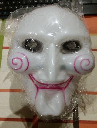 Máscara nueva Saw