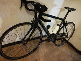 vendo bicicleta de carretera marca btwin