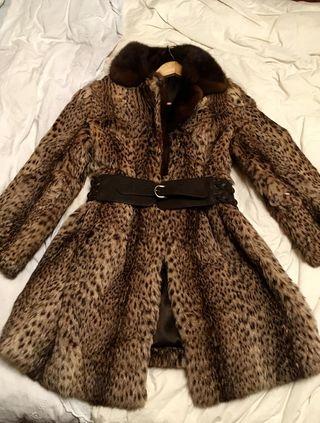 Moderno abrigo lince y vison auténtico