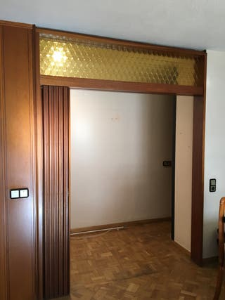 Puertas correderas de segunda mano en valencia en wallapop for Puertas correderas de segunda mano