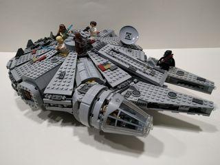Lego Millenium Falcon 7965 año 2011