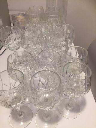 Copas de vino, copas de cava. 10€ lote entero!!!!