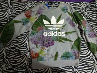 Mano Segunda Sudadera Wallapop De Flores Adidas En t8gxzqgIw