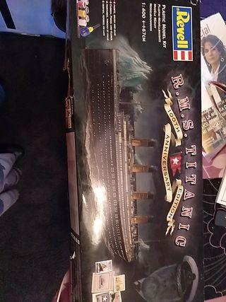 maqueta titanic revel sin hacer