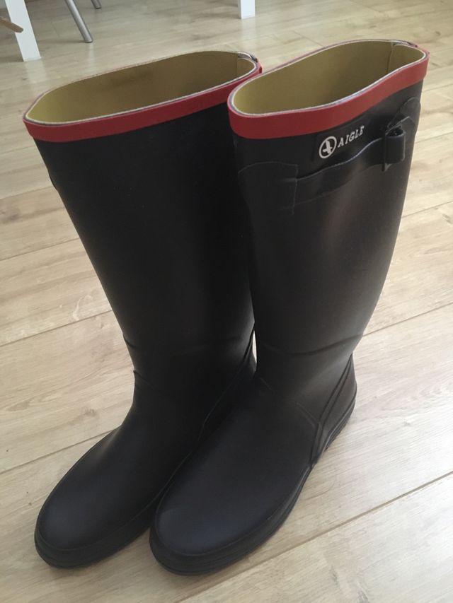 Aigle blue waterproof boots size5