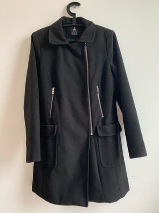 Black coat with zipper size 14