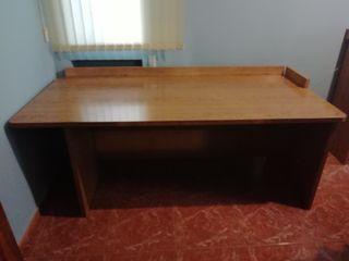 Mesa de oficina o de trabajo