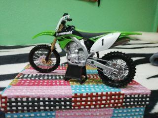 Maqueta de moto