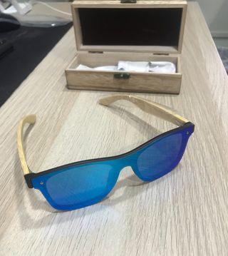 0dbc2f923 Gafas polarizadas azules de segunda mano en Barcelona en WALLAPOP
