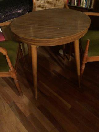 Mesa redonda desmontable de madera