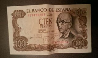 Billetes de 100 pesetas.
