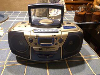 Radio Cassette Cd para musica y Portatil