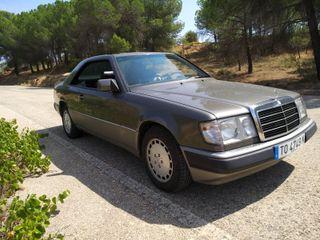 Mercedes-Benz 300 CE 3.0 del 1989