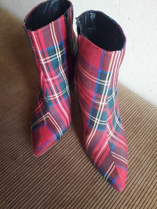 botines tela escocesa