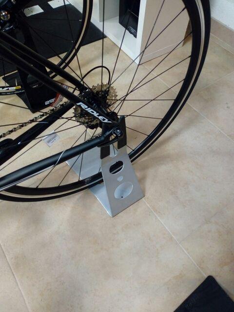 soporte bicicleta al eje trasero