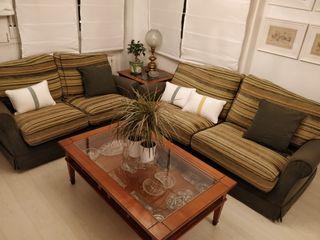 conjunto de sofás y mesa de centro