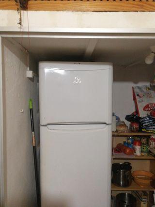 nevera, I congelador pequeño