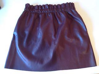 Falda de cuero bourdeos