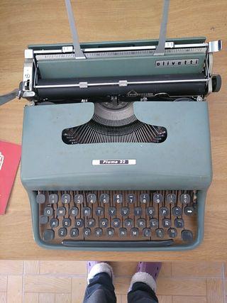 maquina escribir hispano olivetti. pluma 22.