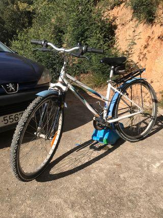 Bicicleta MTB paseo chica mujer