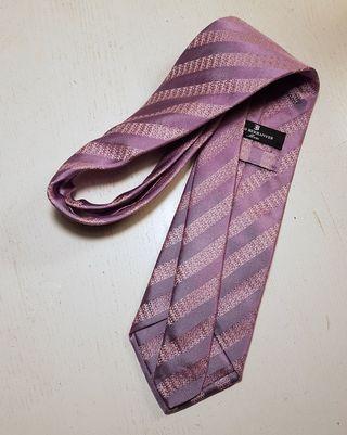 Corbata ELIO BERNHAYER 100% seda, color lila