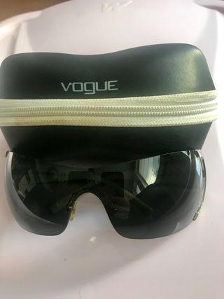 Sol Mano 12 Por Gafas Segunda De Vogue Chica N8Ovn0wm