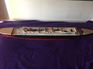 Maqueta madera titanic
