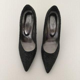 Size 5 Black Court Shoes