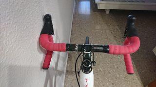 Vendo Bicicleta Specialized Roubaix SL4 carbono
