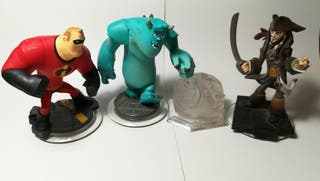 Disney infinity.Jack Sparrow, Mr.Increible, Sulley