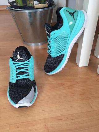 more photos a216d eed00 Zapatillas Nike Jordan Training ST