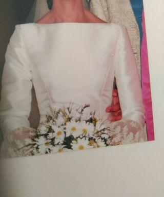 Vestido novia de famoso diseñador Toni Benítez