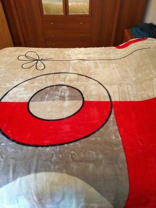 manta marca RASILAN para cama de 180 max