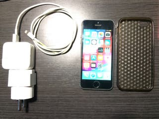 Móvil iPhone 5 S black space grey 32GB libre ios12