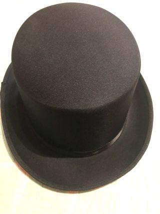 Sombrero de copa de segunda mano en WALLAPOP cf17bbbf783