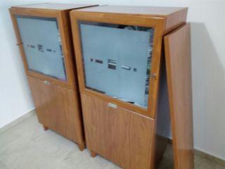 aparador formado por dos modulos