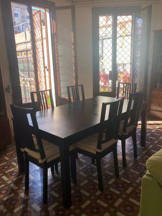 Mesa y 6 sillas comedor