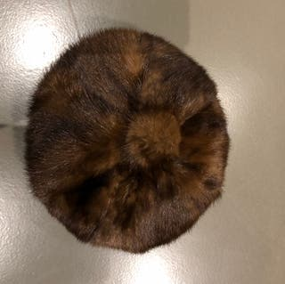 toque en vison tour de tête 53,5-54 cm